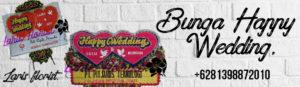 karangan Bunga papan happy wedding